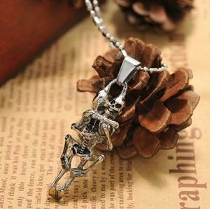 Jewelry - Infinity Love hugging skeletons necklace